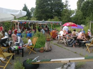 eten in de pluktuin 2 aug. 2014 022