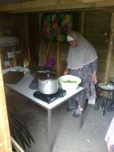 koken in de tuin 30 juni 2012 002