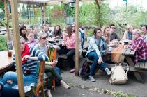 studenten bezoeken pluktuin 2015
